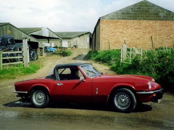 Photo of Triumph Spitfire in rural Lincolnshire
